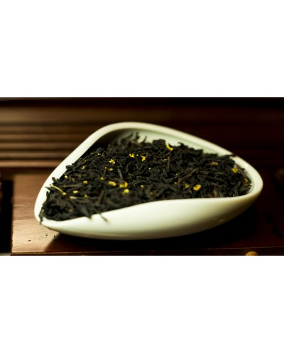Красный чай Гуй Хуа Хун Ча (с османтусом)   цена за 100 г.