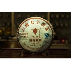 Пуэр (шу)  Гу И  «  Цзиндянь Байнянь Хуэйгань» блин 357 грамм