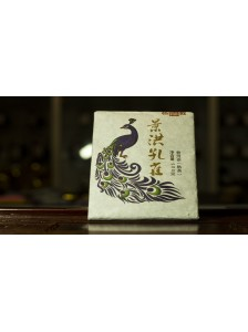 Пуэр (шу) « Цзинхунский Павлин» плитка 100 грамм.
