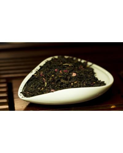 Красный чай Мей Гун Хун Ча (с лепестками роз) цена за 100 г.